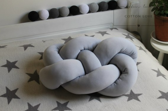 Poduszka Knot Pillow SUPEŁ XXL